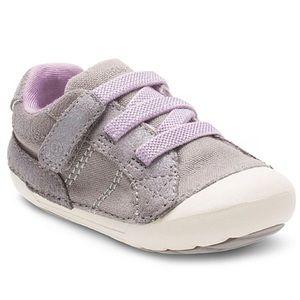 Stride Rite • Skyler Velcro sneaker